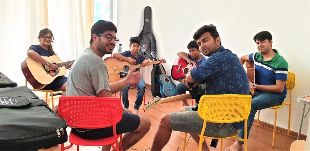 Guitar class at Kalaa
