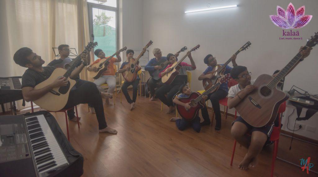 Guitar performance at Kalaa