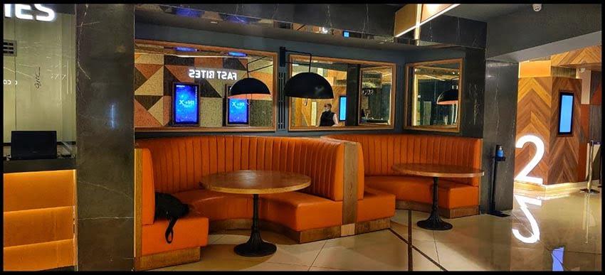 Inox Sapphire Ninety Lounge