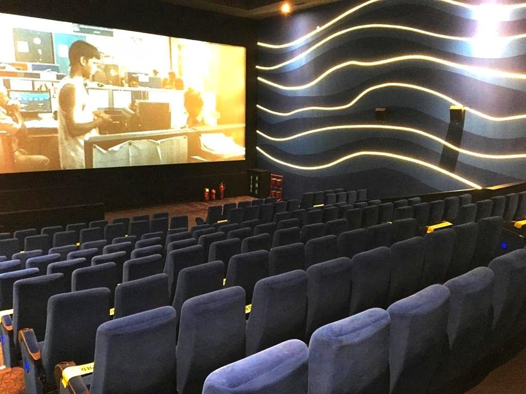 Inox Sapphire 83 audi 1 seating