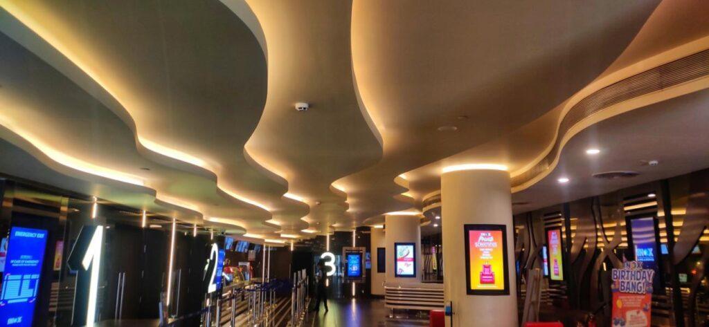 Inox Sapphire 83 ceiling